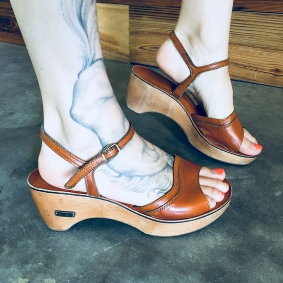 a7462d850935 BareTraps Shoes - bare Traps Vintage Clog Platform Mules 8 Leather